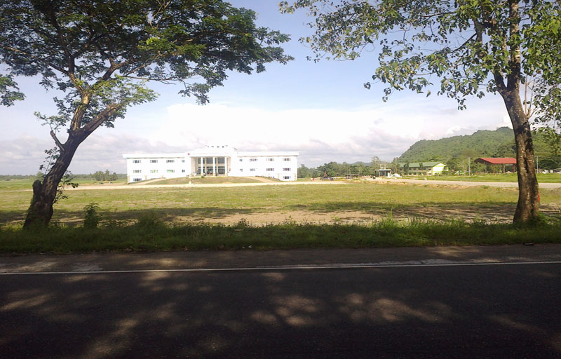 Sipalay-Govt-Center-Sept2012-(1)